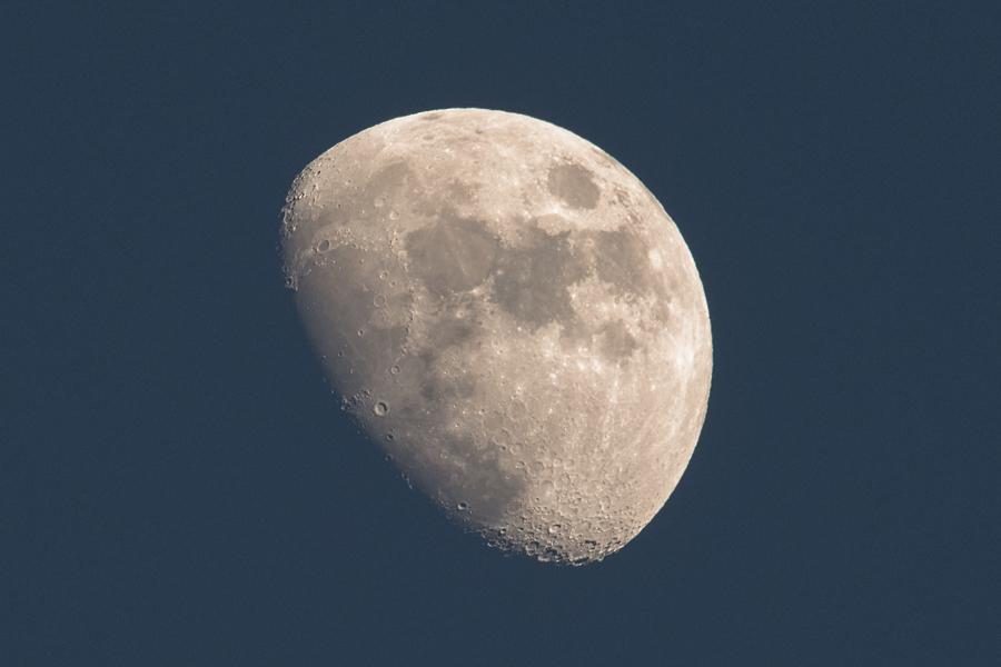 moon_160119_01.jpg