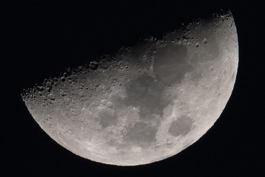 moon_160215_01-2.jpg